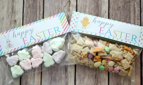 Bunnies and Chicks Free Printable Easter Treat Bag Toppers- Make your Easter favors and candy gifts look egg-stra cute this year with some of these adorable free printable Easter treat bag toppers! | Easter party favors, Easter printable, #freePrintables #printable #Easter #treatBags #DigitalDownloadShop