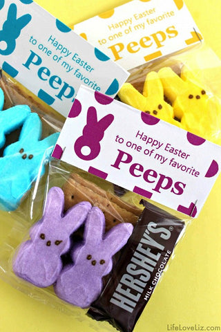 Peeps Easter Free Printable Treat Bag Toppers- Make your Easter favors and candy gifts look egg-stra cute this year with some of these adorable free printable Easter treat bag toppers! | Easter party favors, Easter printable, #freePrintables #printable #Easter #treatBags #DigitalDownloadShop