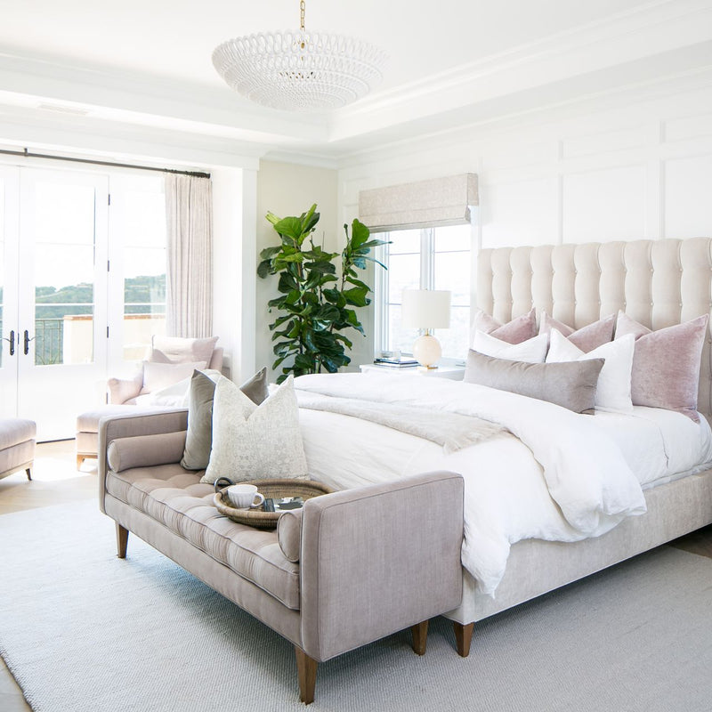 Styles for a Relaxing & Chic Bedroom