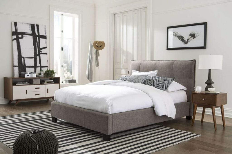 Royal Tufted Platform Bed - What A Room