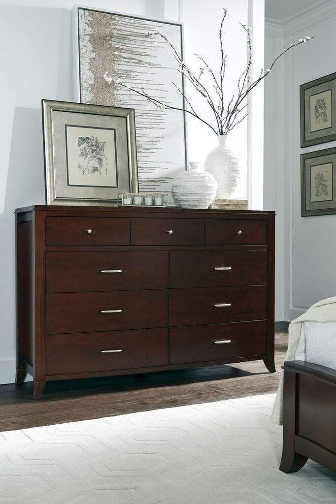 Brighton Nine Drawer Dresser In Cinnamon