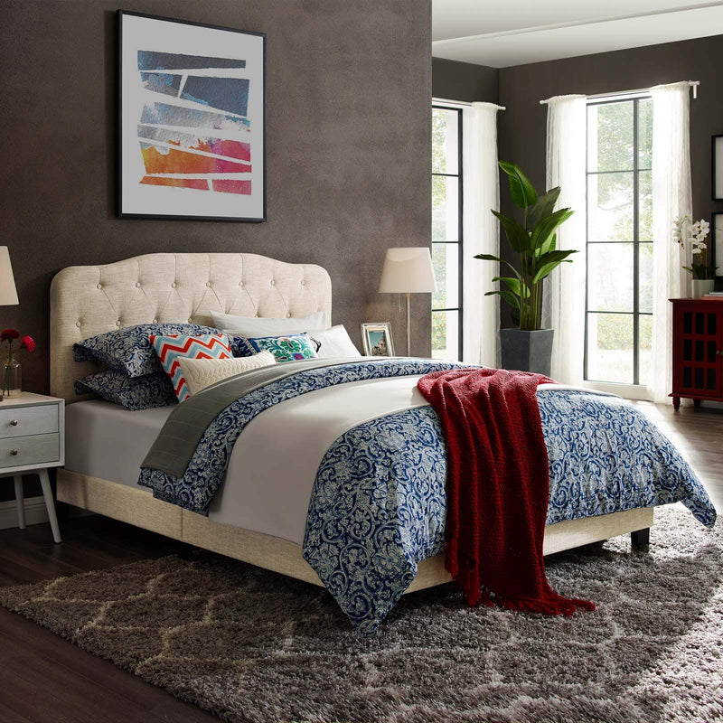 Amelia Queen Upholstered Fabric Bed