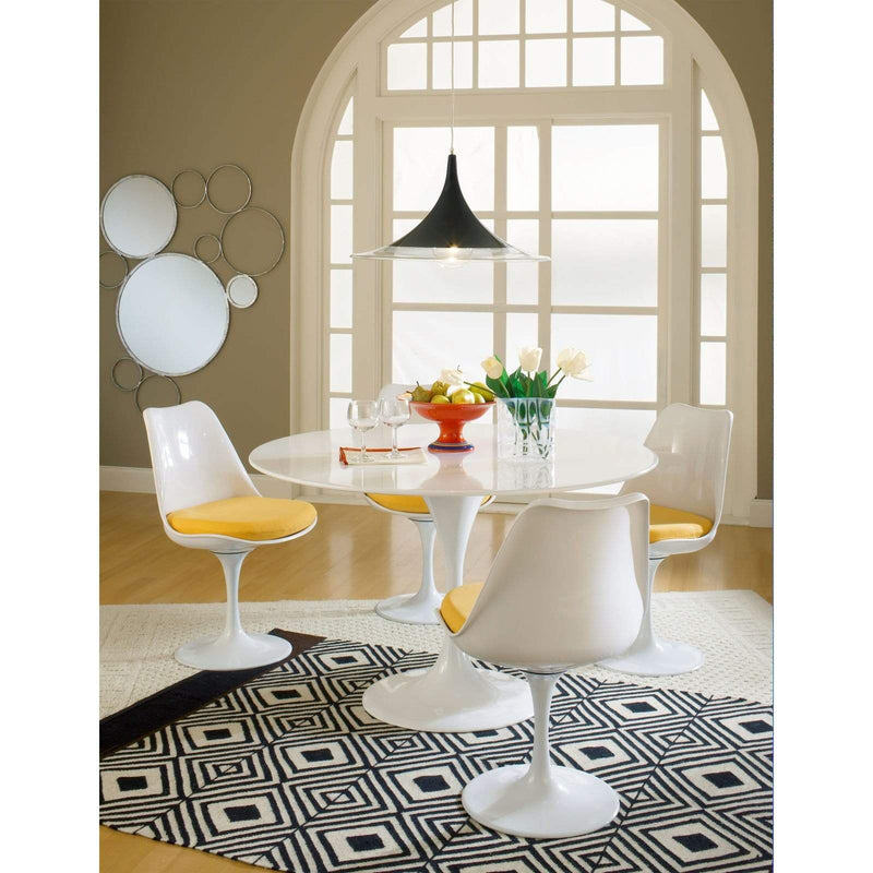 Lippa 5 Piece Fiberglass Dining Set - What A Room