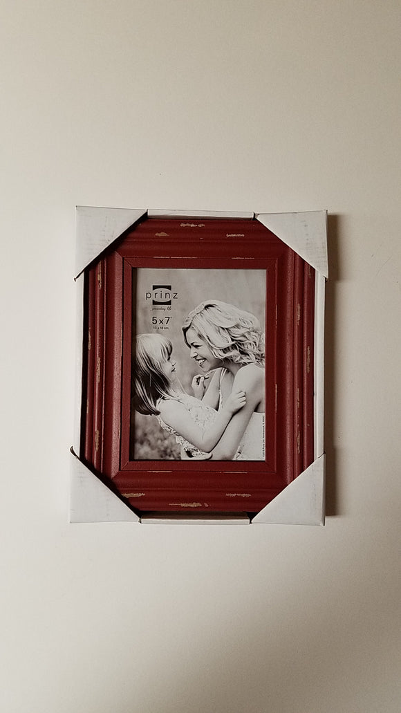 Prinz 5x7 Carson Distressed Red