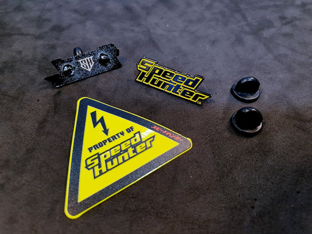 LOGO ENAMEL PIN - NEON YELLOW WITH STICKER
