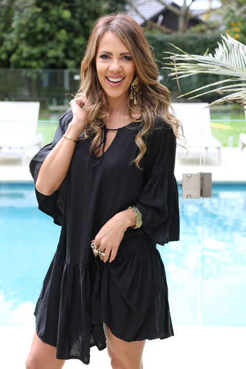 Beach Chic Dress - Black