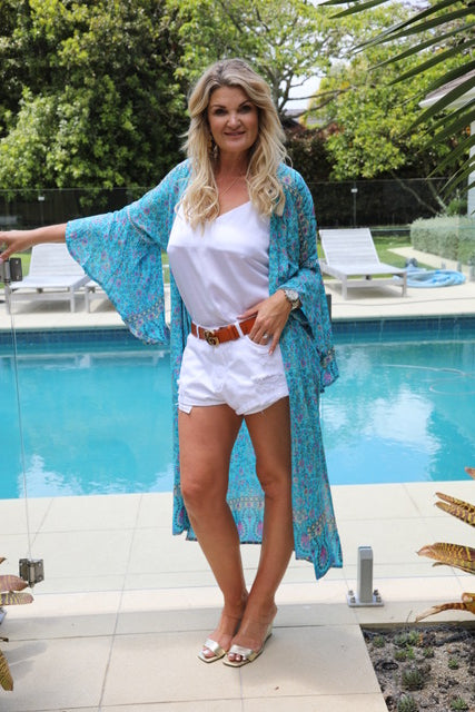 Wing Woman Kimono - Small Floral Turquoise