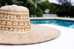 Straw Hat - Natural & White