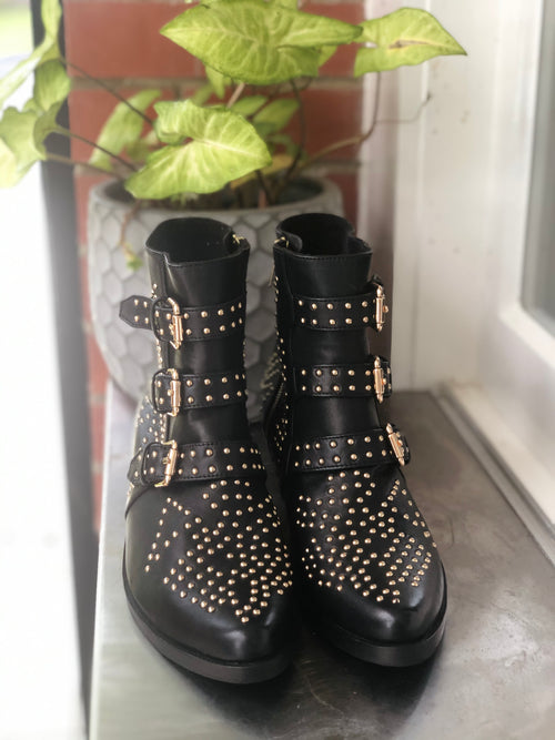 Star Boot  - Black & Gold - 3 Buckle