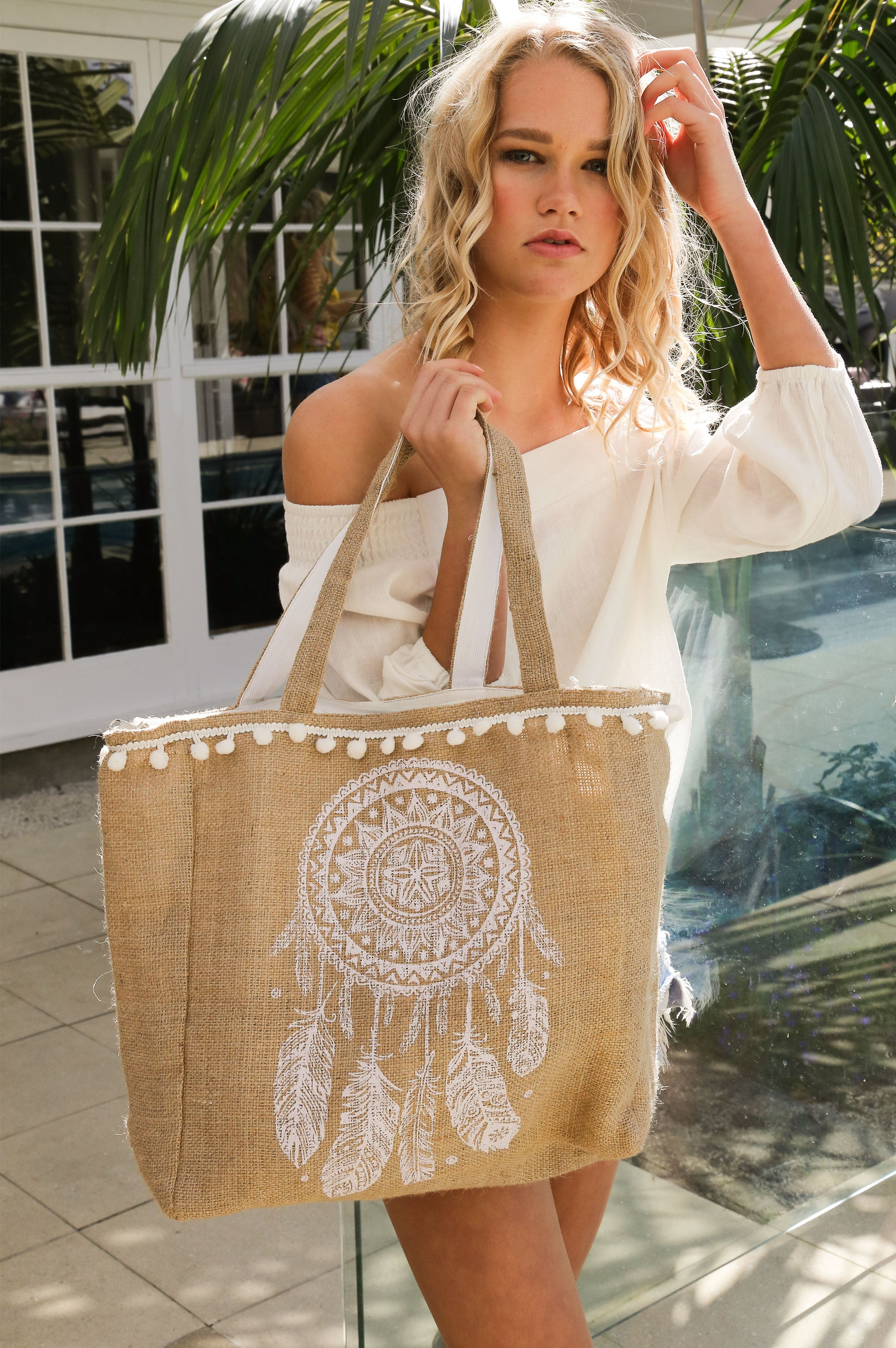 Lil Beach bag - pom pom dreamcatcher white