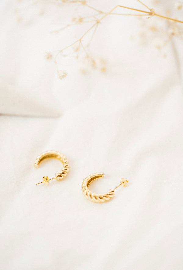 CROISSANT GOLD EARRINGS