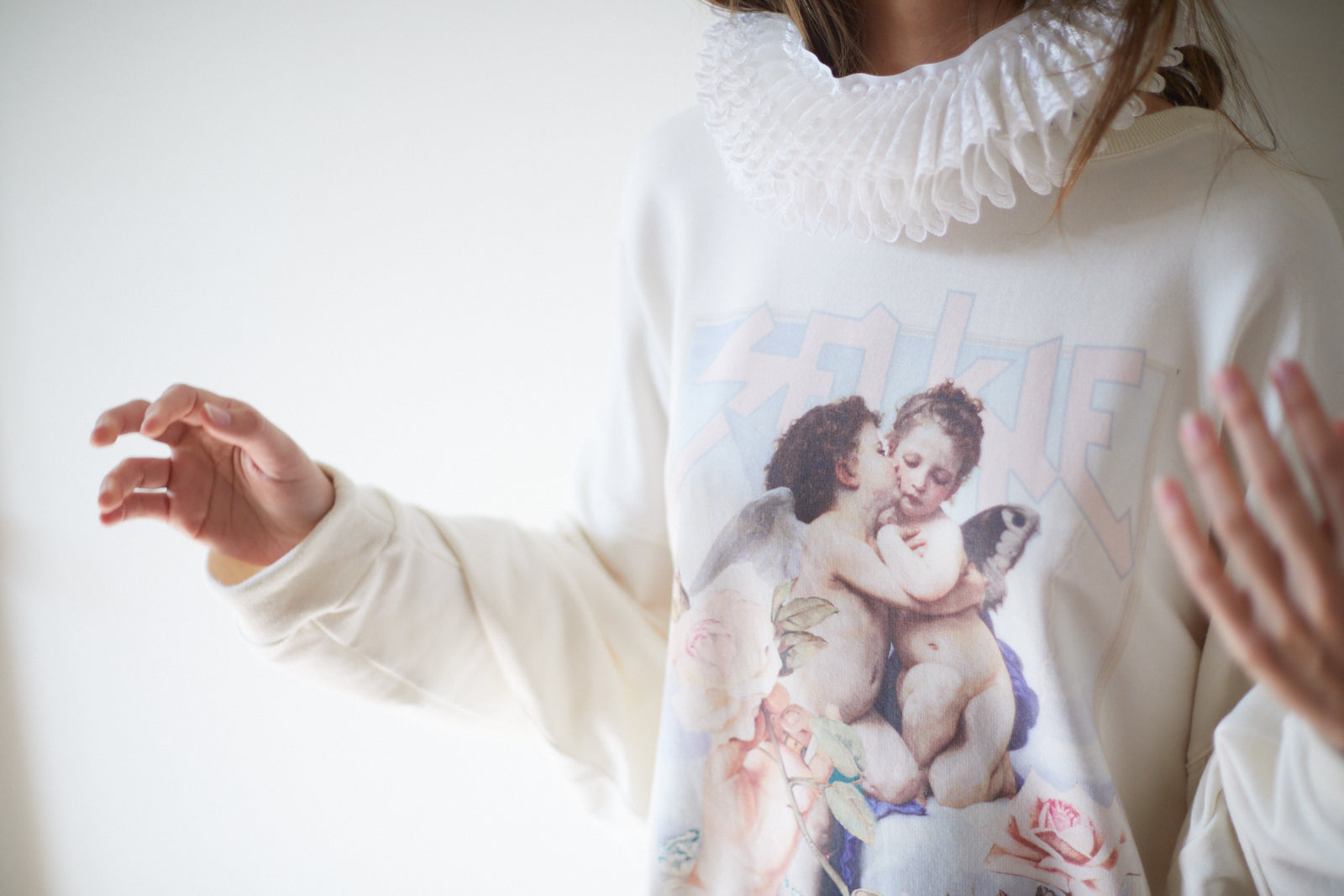 L'Amour et Psyché Dream Sweater