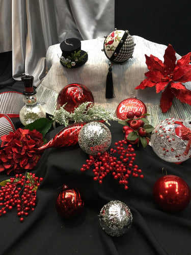 Small 'Berry Wonderful' Specialty Ornament Collection