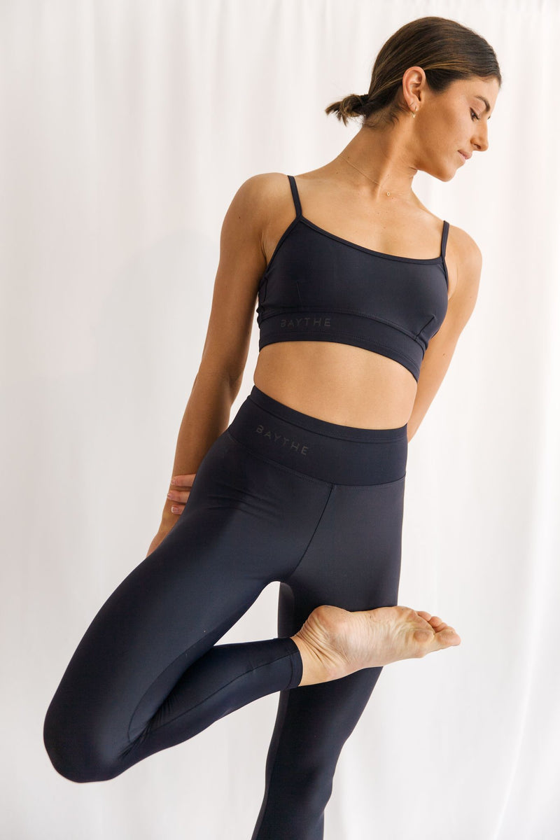 Midnight Movement 7/8 High Waisted Legging