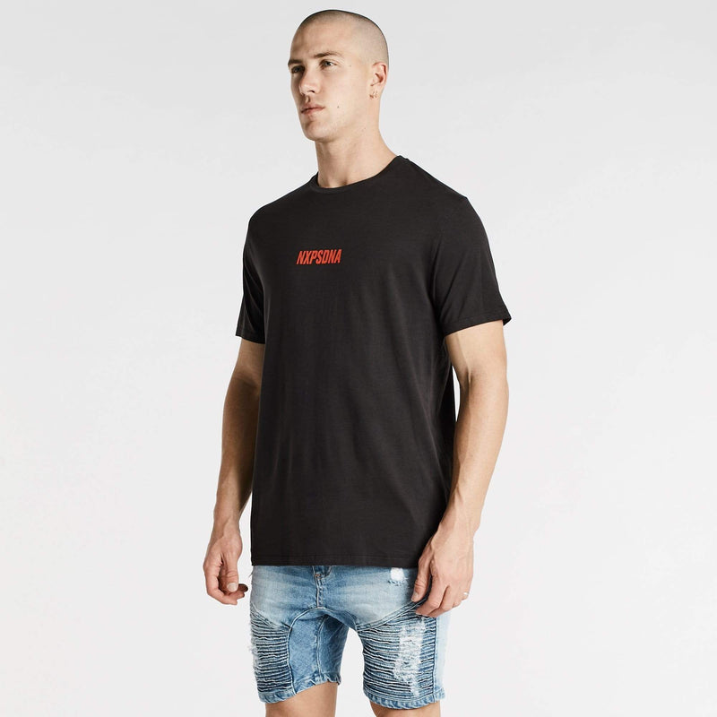 Carry On Scoop Back T-Shirt Pigment Black