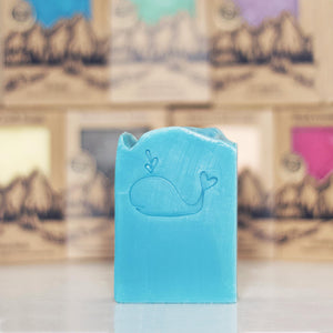 <I>Whale</i></p>Sweet Ocean Air & Fresh Coconut - Rock Creek Soaps
