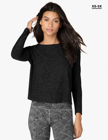Weekend Traveler Pullover - Beyond Yoga