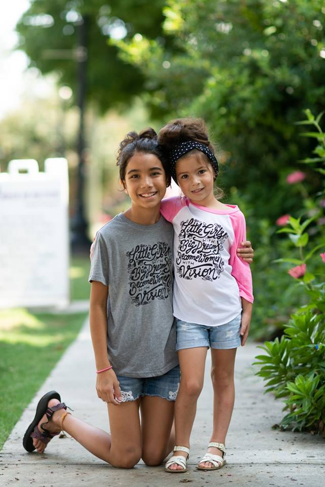 Little girls with big dreams short sleeve tee