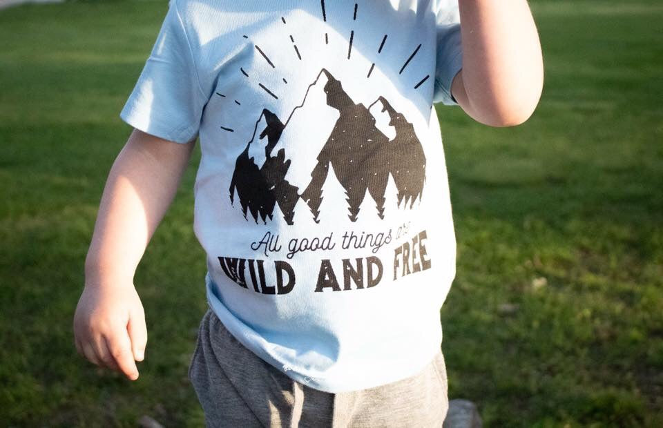 wild and free short sleeve tee