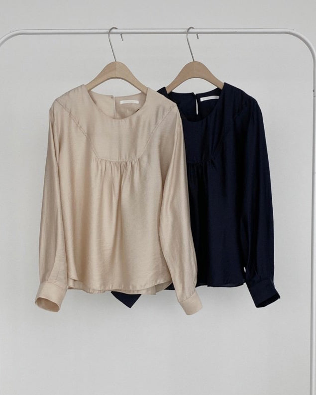Ivy Soft Pintuck Blouse