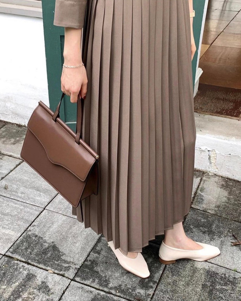 Ediline Bottom Pleat Long Flare Ops (Brown)