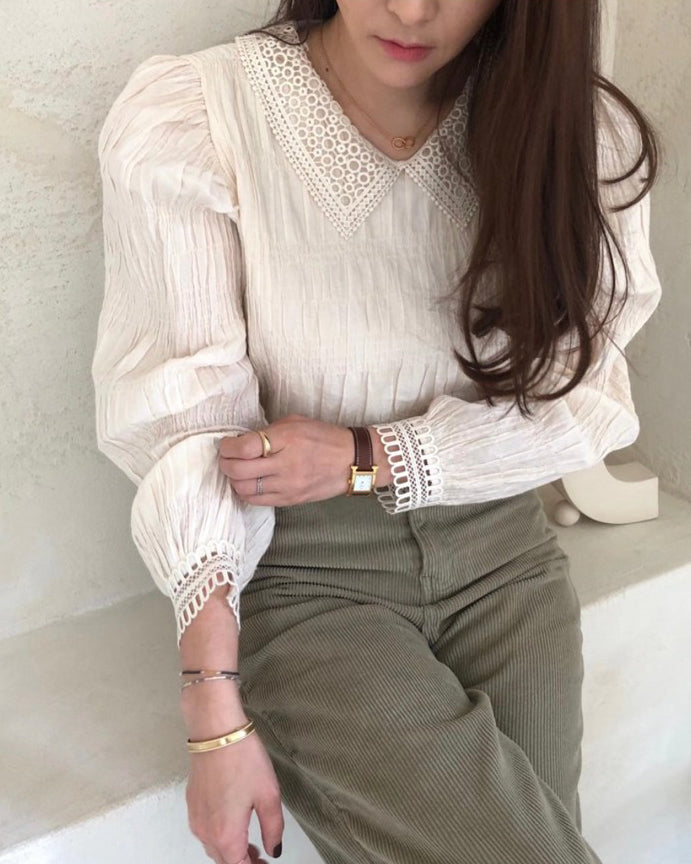 Belinda Crochet Trim Ruched Detail Blouse (Cream)