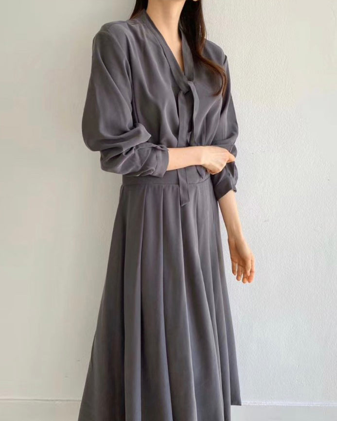 Gail Tie Collar Pleat Long Ops (Grey)