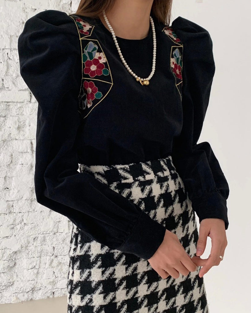 Flower Detail Puff Sleeve Suede Blouse (Black)