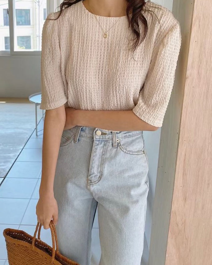Textured Quarter Sleeve Blouse