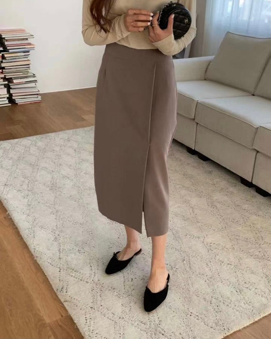 Slant Slit Detail Skirt (Mocha)