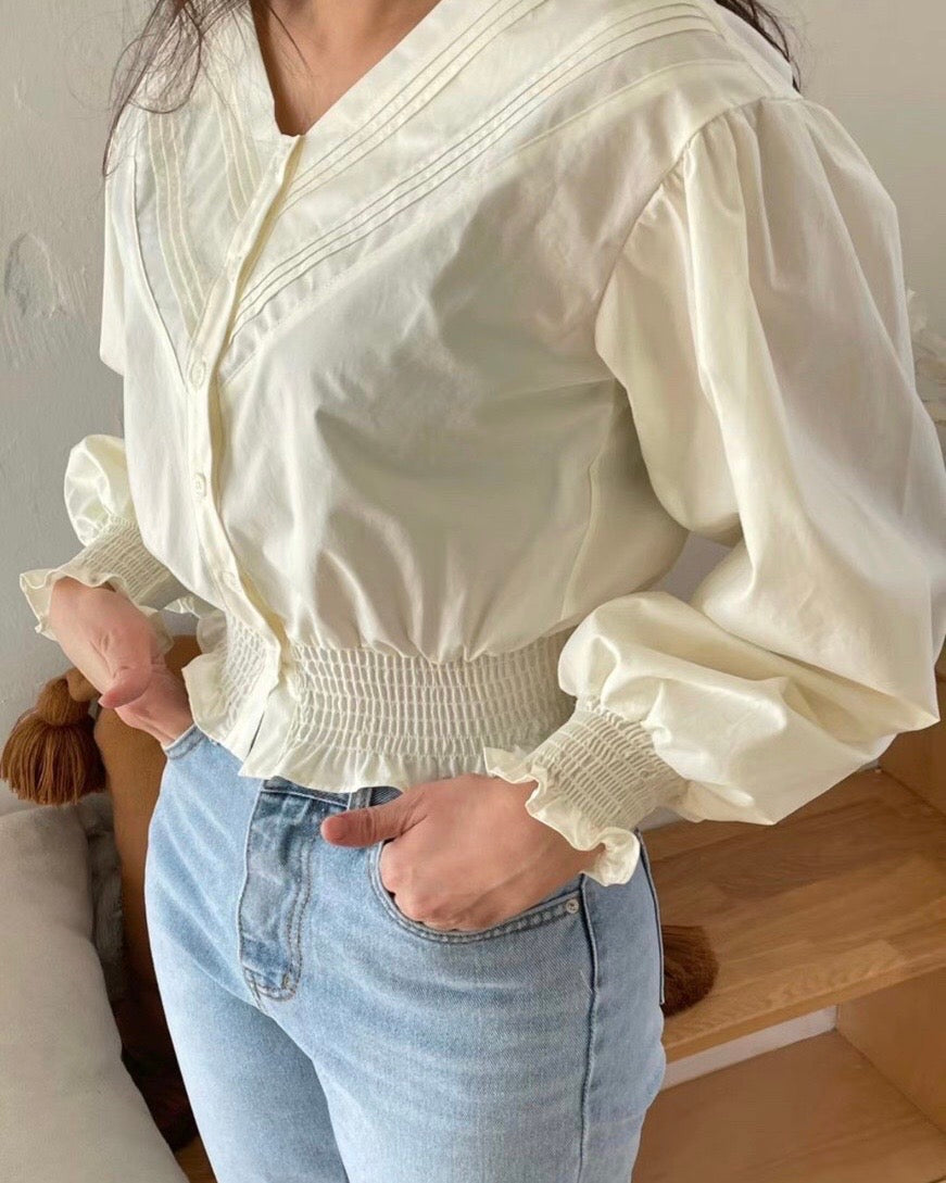 V-line Detailed Ruched Button Blouse (Ivory)
