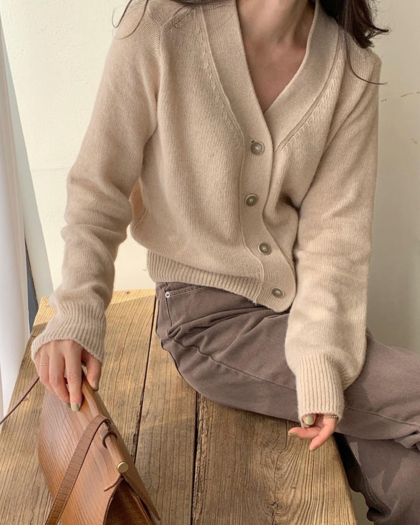 Alpaca Wool Button Cardigan (Beige)