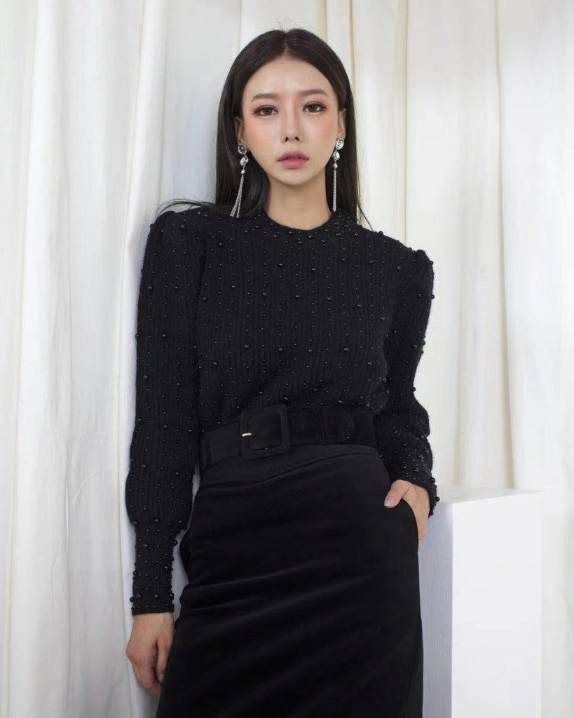 Pearl Lined Puff Sleeve Knit (Black)