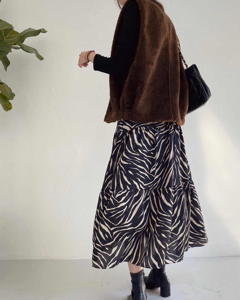 Zebra Print Shirring Banded Skirt (Black)