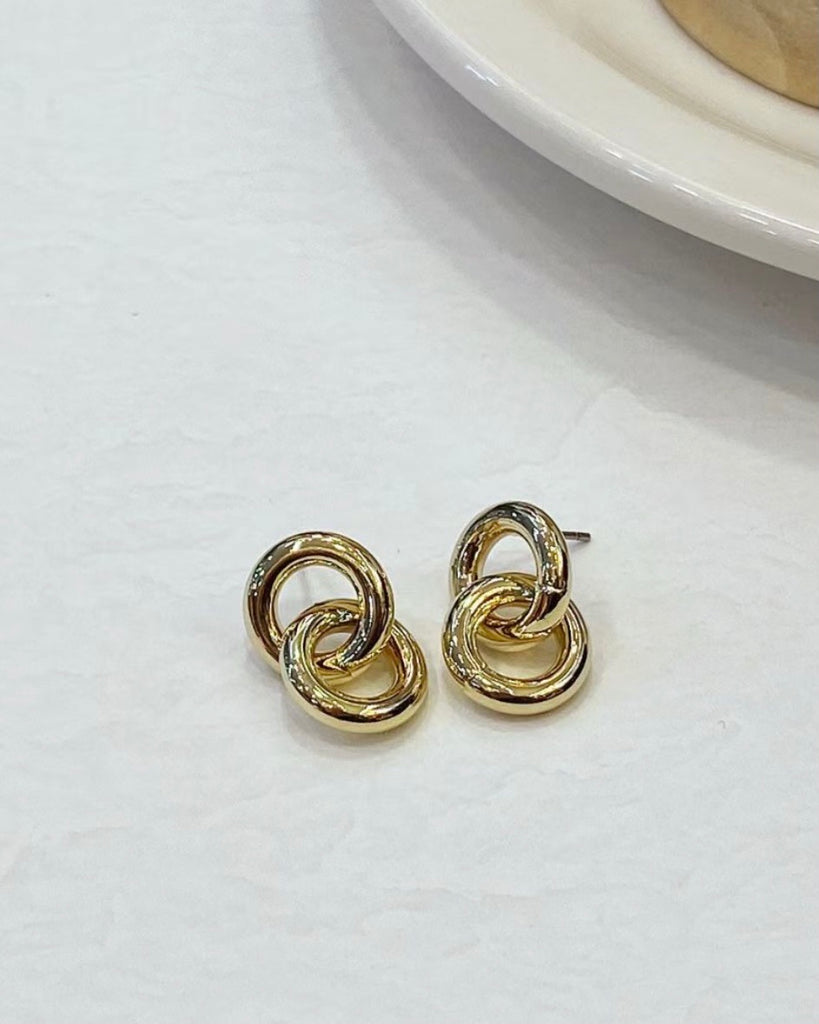 Double Circle Stud Earring