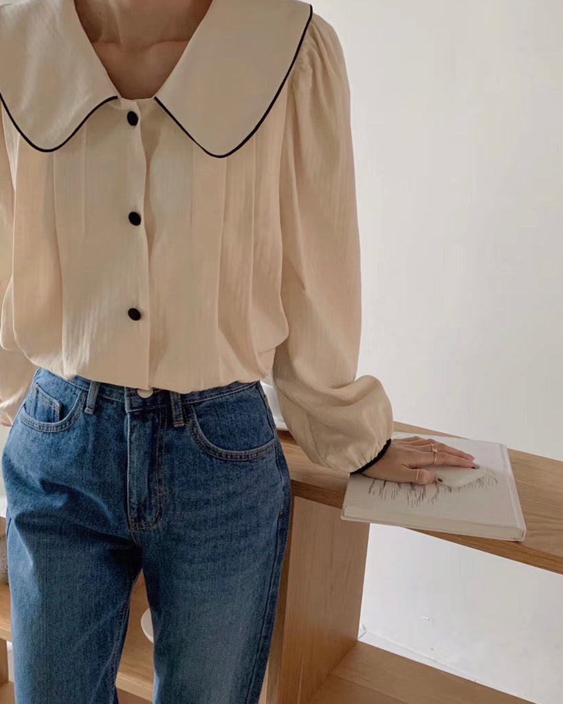 Tania Outline Wide Collared Button Blouse (Cream)