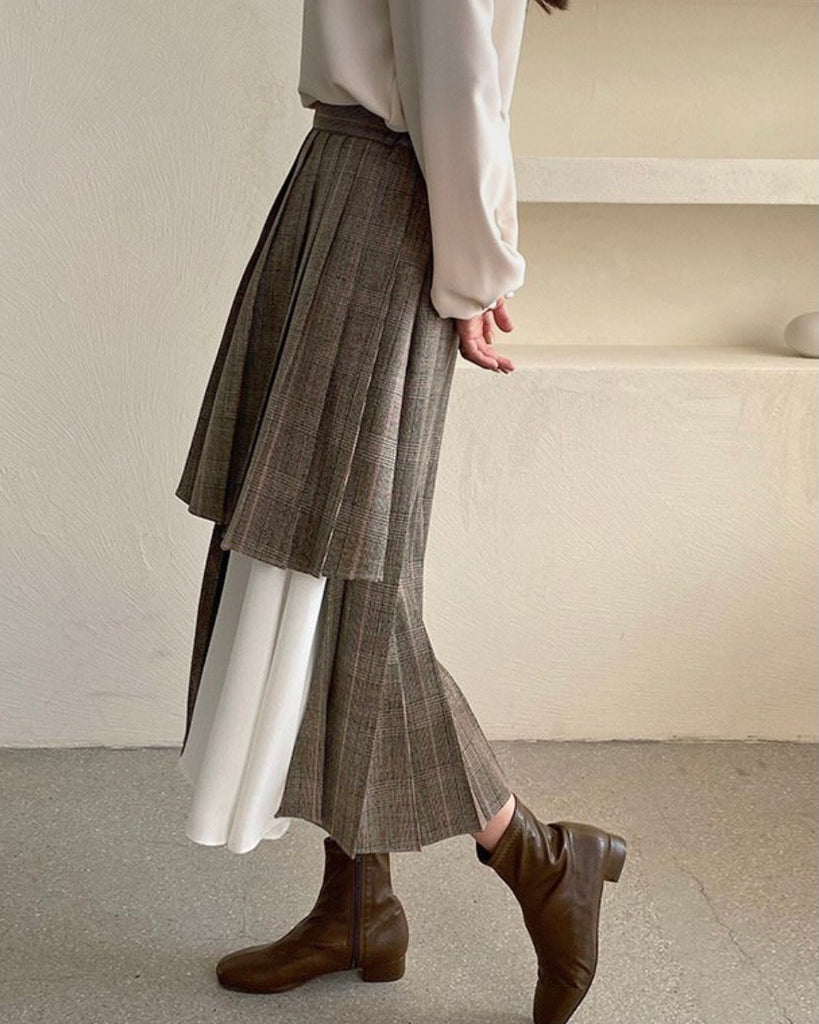 Checked Contrast Pleat Back Banded Skirt