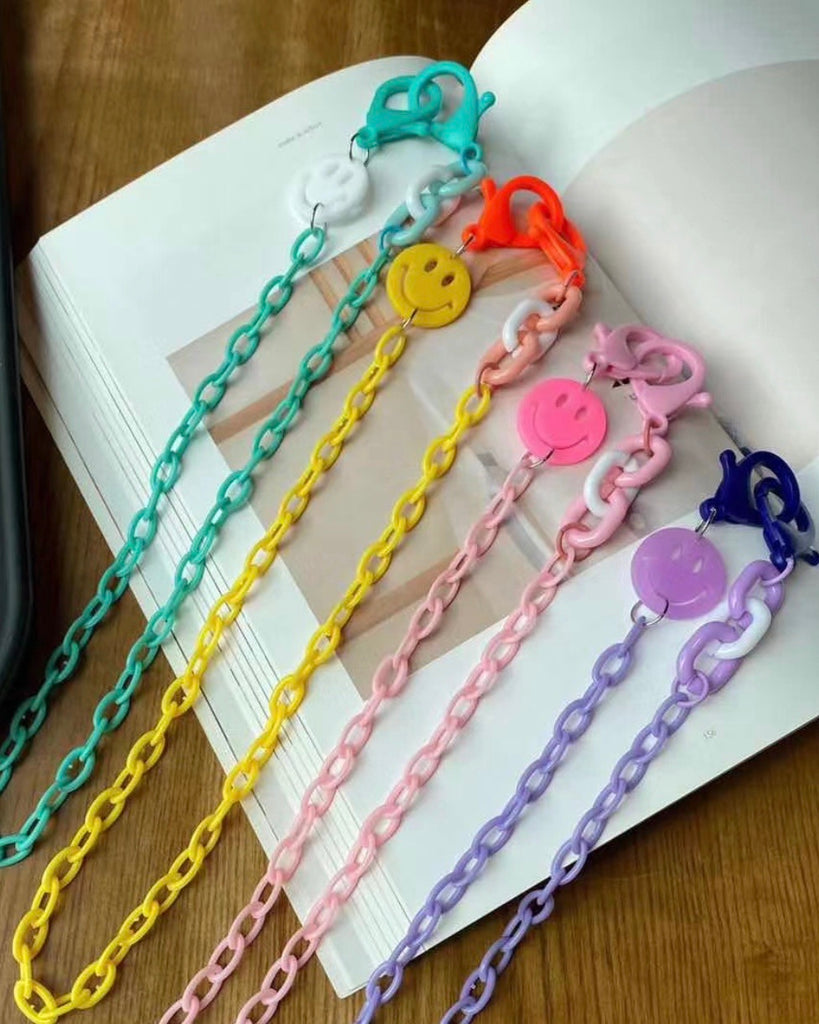 Acryl Smiley Coloured Mask Chain