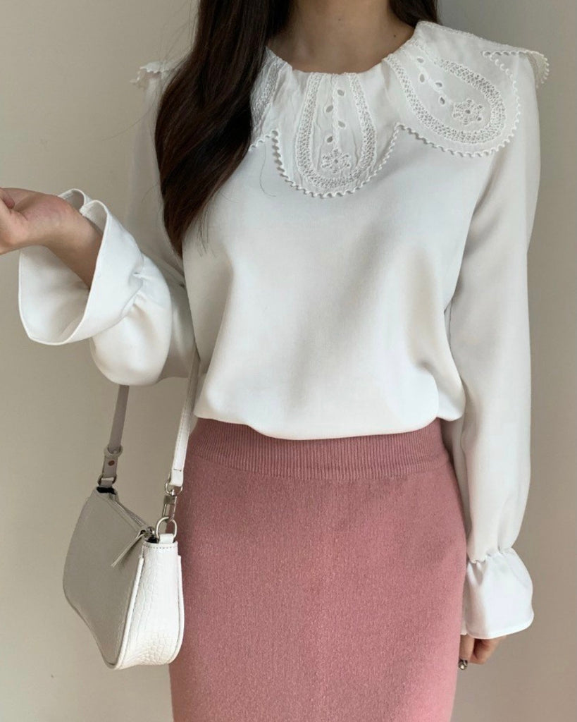 Rounded Lace Collar Blouse (Ivory)