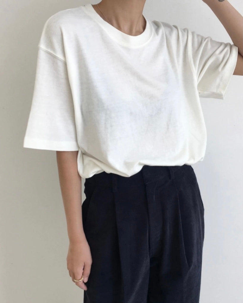 Poppy Round Neck Basic Tee (Ivory)