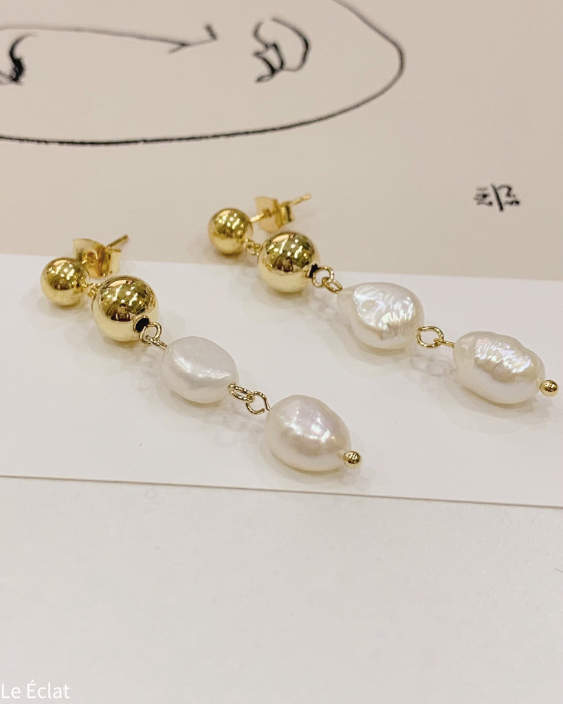 Water Pearl Dangle Earring