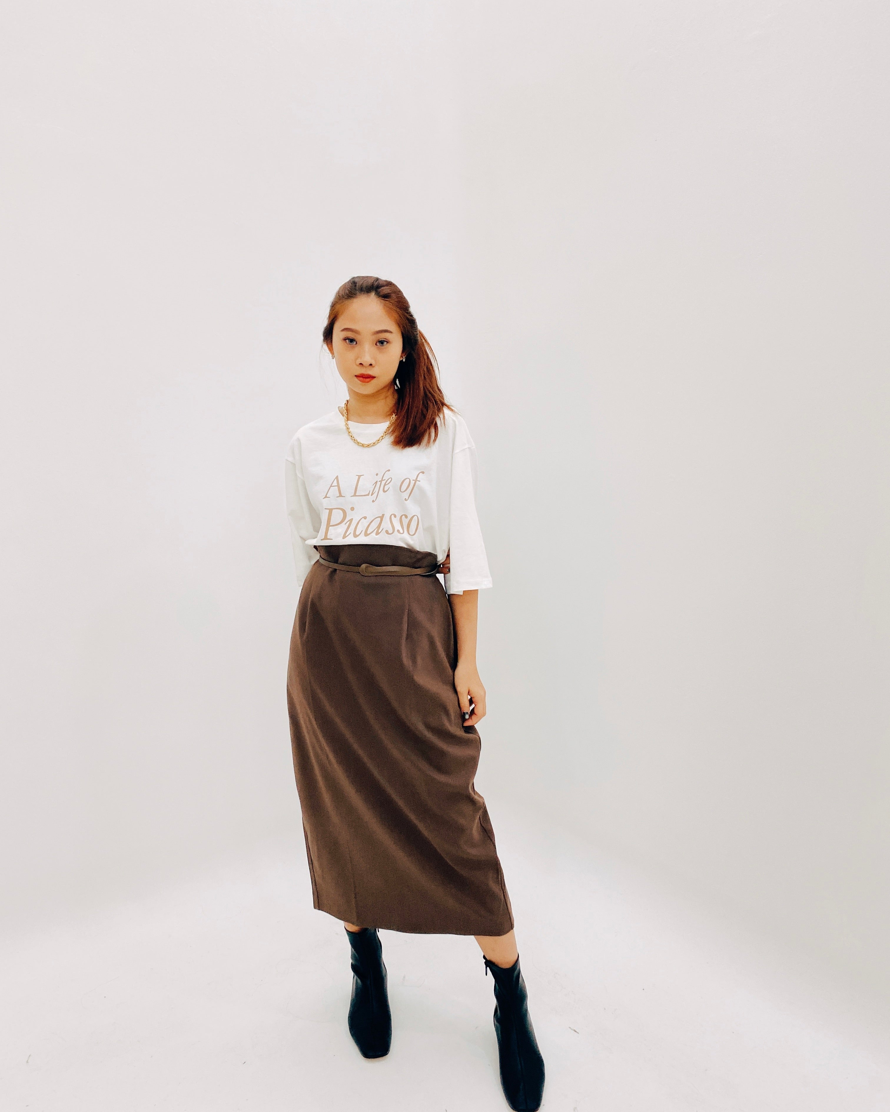 Highwaist Back Banded Straight Skirt (Brown)