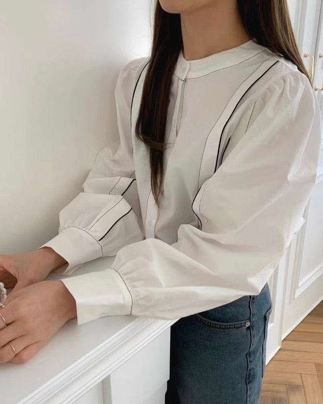 Side Lined Trim Button Blouse (Ivory)