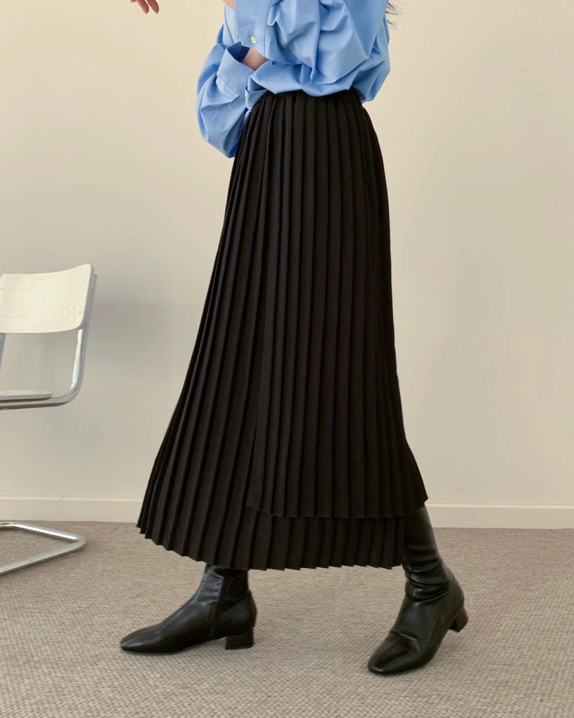 Camille Layered Pleat Banded Skirt (Black)