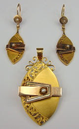 Bourbon brooch / pendant set and earrings in gold with beads. Late 800th century - Antichità Galliera