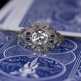 Art Deco ring in 18K white gold with diamonds and sapphires