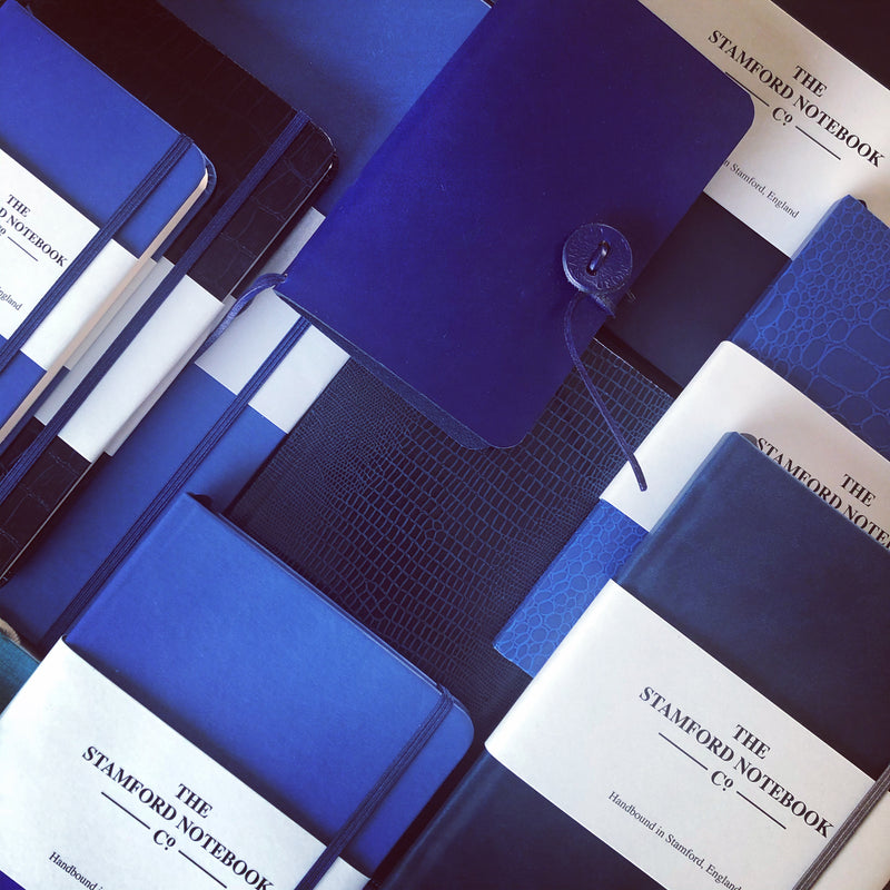 Pantone Colour Of The Year 2020 - Classic Blue 19-4052