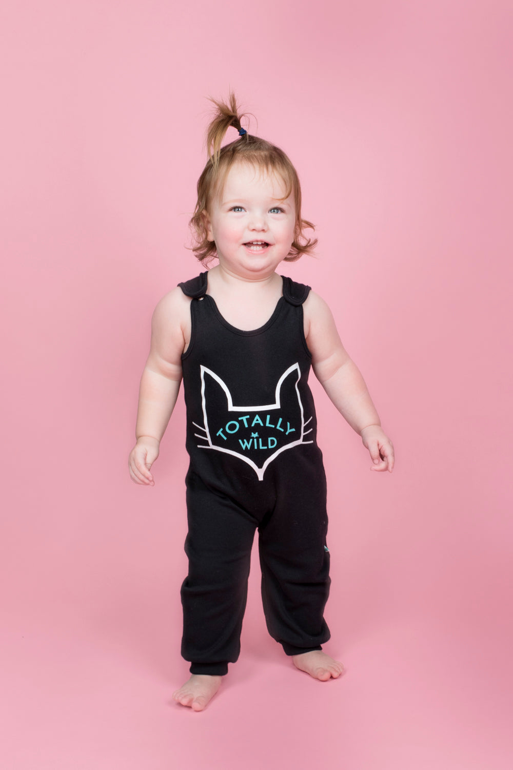 unisex organic baby romper sizes 6 to 24 months in brand logo fox head design