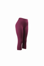 Natopia Plain Colour Burgundy Capri 3/4 Leggings Elastic Waist One Size Fits 8-14