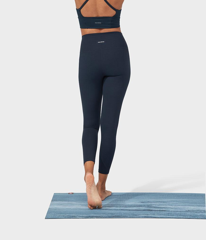 Manduka Performance Legging High Rise With Media Pocket - Dark Sapphire
